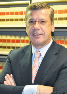 https://editorialdieresis.com/wp-content/uploads/2015/08/editorial-dieresis_Jordi_de_Juan.jpg
