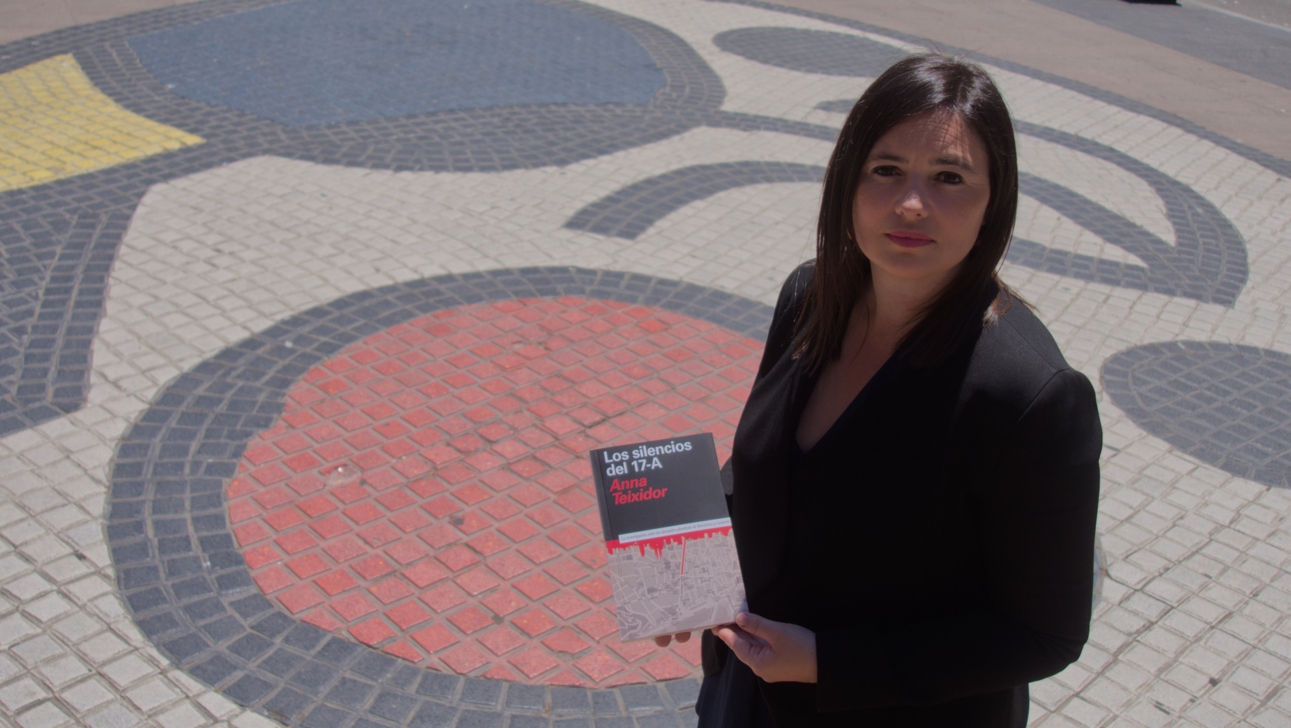 "Anna Teixidor presenta en la Semana Negra de Gijón ""Los silencios del 17-A"""